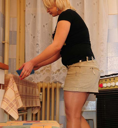 Dominika Peeing In Her Pantyhose And Panties